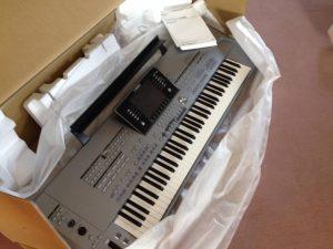 Available Yamaha Tyros 5, Pioneer DJ CDJ 2000, Korg PA4X.. 1 825 994-3253
